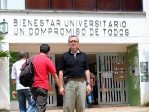 Isnardo Ardila fortalece su proyecto UIS libre de drogas