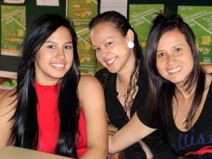 Slebdy Bustos, Laura Paola Rodríguez y Marcela Gómez León.