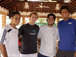 Daniel Silva, Ricardo Hocevar, Fernando Romboli y Joao Sousa.