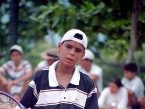 En sus primeros torneos que jugó en Bucaramanga en las canchas del Club Campestre.