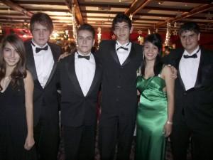 María Paula Pabón, Gabriel Casadiego, Fidel Serrano, Eduardo Cárdenas, Estefany Larrota y Raúl Roque Di Marco.