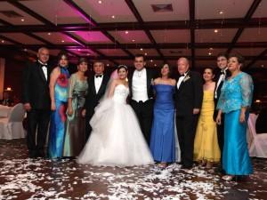 José Valencia, Margarita de Valencia, Elga de Rueda, Enrique Rueda, Eliana Vega, Daniel Rueda, Dorian de Quintero, Jairo Quintero, Adriana de Rueda, Carlos Rueda y Belquey Barajas.