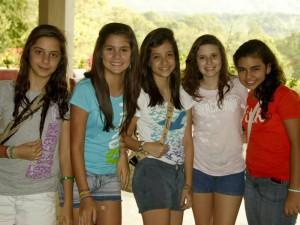 Silvia Naranjo, María Fernanda González, Ángela Estévez, Juliana Serrano y Cynthia Díaz.