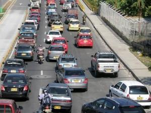 La congestión en Cañaveral y autopista cada vez es peor.