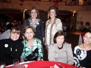 Gloria García de Serrano, Clara de Acevedo, Luisa de Liévano, Martha de Acevedo, Clemencia Acevedo y Nora Gómez.