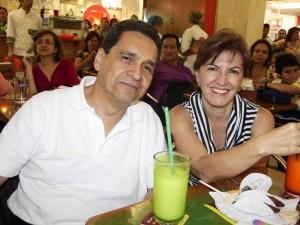 Gilberto Ramírez y Fabiola Báez.