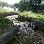 Glorieta que da paso a Molinos y a la autopista