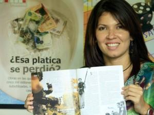 Catalina recibió el Pluma de Oro 2010 entregado por la Asociación de Periodistas de Barrancabermeja.