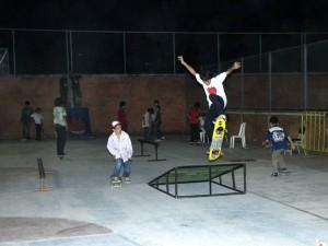 También hubo espacio para los amantes del skate.