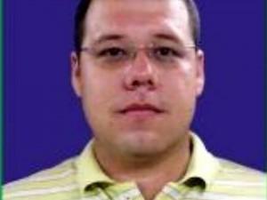 Carlos Roberto Ávila