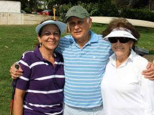 Patricia Matajira, Rodrigo Vargas y Martha de Vargas.