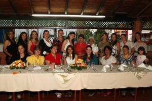 Bibiana Ordóñez, Martha Ordóñez, Fanny Teresa de Ordóñez, Marcela Martínez Muñoz, Gloria Esperanza Ordóñez, Flor Silva, Olga Lucía Ordóñez, María Alejandra Toro.