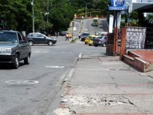 Entre calles 30 y 31, quienes señalan que el descuido de estos ha traido más de un accidente.