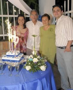 Claudia Niño, Juan Niño, Emileth Castillo y Sergio Niño.
