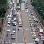 Compartir el carril exclusivo de Metrolínea con taxis o vehículos particulares propone el estudio.