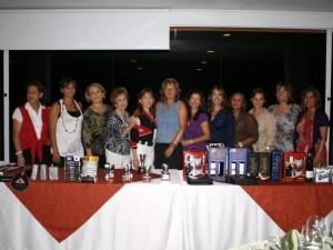Clara de Vega, Rosalba Hernández, Grace de Pedraza, Cecilia Reyes de León, Victoria de León, Elaine Blakman, Dora Reyes, María León, Teresa Niño, Luz Estella González y Betty Cote.