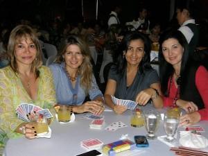 Nidia Aristizábal, Adriana Uribe, Ángela de Gómez y Ruby de López.