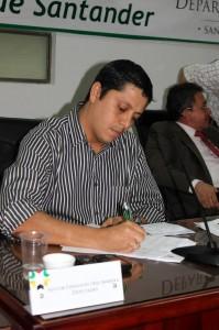 Precandidato conservador, Néstor Díaz Barrera.