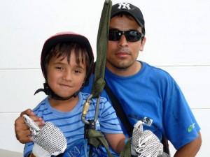 Edgar Fernando Trujillo y Omar Moreno disfrutaron con ecoextremo. (FOTOS Nelson Díaz)