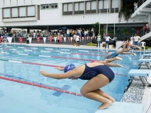En el campestre se vivió el tenis y la natación. (FOTO César Flórez)