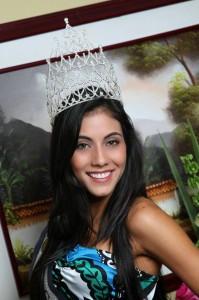 Yulieth Katherine Paredes García, otra candidata a Señorita Santander, siempre tuvo a Andrea como la preferida para ganar. (FOTO Suministrada Foto Click)