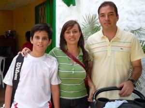 Andrés Herrera Durán, Lindy Durán y Germán Durán. (FOTO Nelson Díaz)