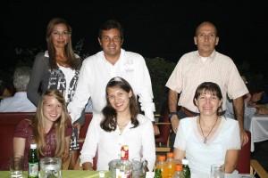 Erika Prada, Sandra Prada, Emma Duarte, Liliana Castellanos, Luis Miguel Castro y Fernando Prada.