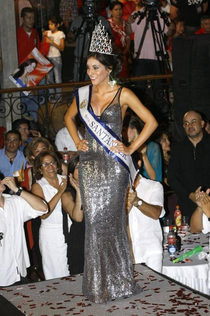 Andrea Liseth Tavera Sanabria fue elegida como Señorita Santander 2011 - 2012. (FOTOS César Flórez)