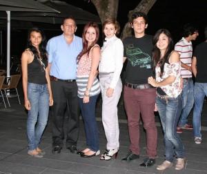 María Andrea Arciniegas, Alberto Murcia, Mónica Murcia, Luz Marina de Murcia, Carlos Murcia y Andrea Malagón. (FOTO Mauricio Betancourt)