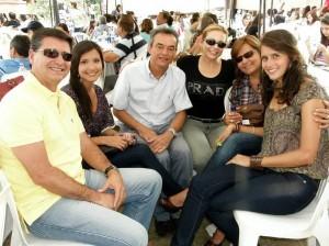 Néstor Saavedra, María Paula Saavedra, Jesús Olaya, Mariela Angarita, María Eugenia Chacón y María Gabriela Saavedra.