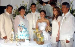 Junto a los novios Ramiro García, Teresa Sánchez, Claudia Ariza y Gustavo Silva.