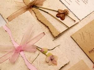 Reucerde que la lista de regalos solo está bien vista en los matrimonios para conservar el mismo estilo en todos los elementos.