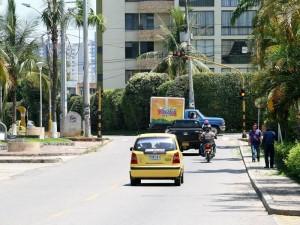 Los vecinos quieren mejorar la movilidad de este sector y reclaman mayor atención para el semáforo. (FOTO Mauricio Betancourt)