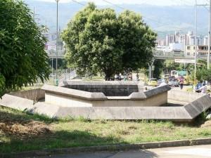 La fuente de El Bosque sí será demolida según lo indicó el Secretario de Infraestructura. (FOTO Mauricio Betancourt)