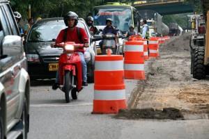 Estos trabajos implican el cierre por momentos de la vía por lo que se sugiere utilizar vías alternas.