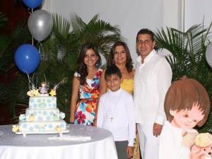 Junto a Jesús David, María Andrea Pico, Esperanza Villamizar y Enrique Pico. (FOTO Mauricio Betancourt)