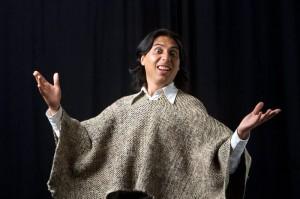Gabriel Moreno es uno de los colombianos en escena.
