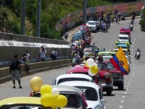 Desfile de Carros Clásicos, Jeep Willys y Harlistas.