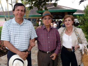Rafael Marín Valencia, Alfonso Marín y Luz Marina Valencia de Marín.
