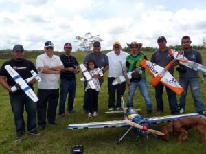 Manuel García, Florencio Carbonero, Gustavo Cárdenas, Andrés Gutiérrez, María S. Gutiérrez, Edgar Rivera, Carlos Morante, César Cruz y Darío Delgado.