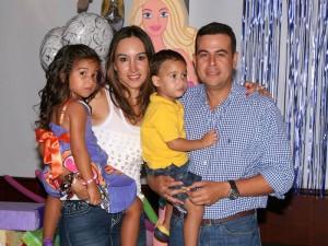 María Gabriela Ruiz Arévalo, Silvana Hernández Ruiz, Juan Manuel Hernández Castro y Francisco Hernández Ruiz. (FOTO Mauricio Betancourt)