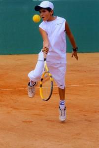 Dos tenistas residentes en el sector se destacaron el pasado fin de semana.