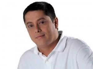 Néstor Díaz.