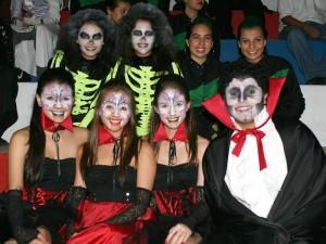 María Alejandra León, Paula Barajas, Liliana Castellanos, Silvia Morales, Ana María Pimiento, Daniela Serrano y Jesús Lemus.
