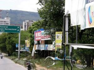 La jornada que busca limpiar las zonas no permitidas para este tipo de publicidad.