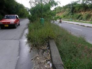 La falta de arreglo es notoria en la vía que conduce a Cañaveral.