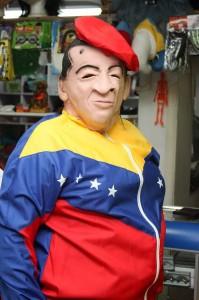 Los disfracesinspirados en personajes políticos también se encuentran en el mercado.