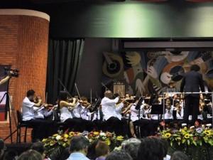 Orquesta Formación de Formadores 2011, integrada por los Formadores de Proyectos Sinfónicos.