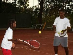 Frazier Rengifo es profesor de tenis en el Club Campestre luego de su paso por varios clubes donde se ha destacado.