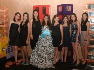 Camila Reyes,  Natalia Blanco, Ana María Quintero, María Fernanda Álvarez, Natalia Palenque, Camila Joya, Natalia Reyes y Laura Prada.